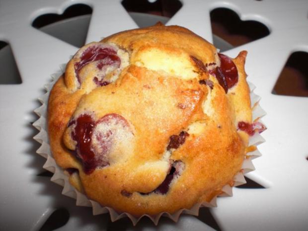 schoko kirsch muffins rezept mit bild. Black Bedroom Furniture Sets. Home Design Ideas
