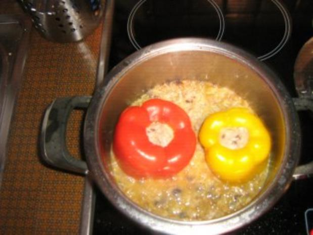 Gefüllte Paprika mit Putenhack, Champignons und Reis - Rezept - Bild Nr. 7