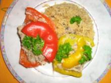 Gefüllte Paprika mit Putenhack, Champignons und Reis - Rezept