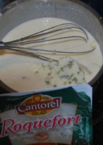 Spinat-Ricotta-Cannelloni in tomatisierter Roquefort-Bechamélsoße - Rezept - Bild Nr. 6
