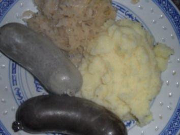 Frische Blut- und Leberwurst mit Sauerkraut & Püree - Rezept