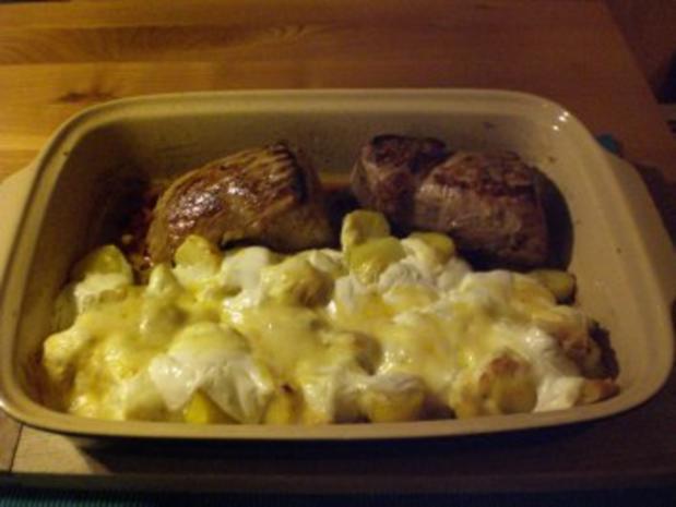Schweinefilet mit Creme fraiche-Kartoffeln aus dem Backofen - Rezept - Bild Nr. 2