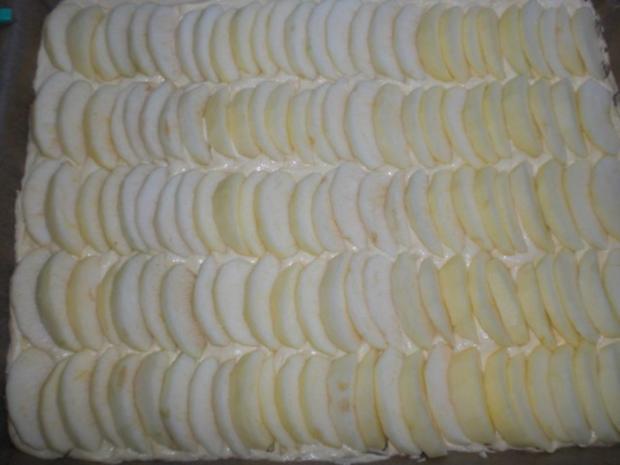 Apfelkuchen mit Marzipanpudding-Guss - Rezept - Bild Nr. 7