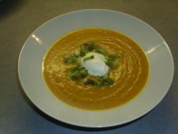 Suppen: Kürbis-Möhren-suppe - Rezept