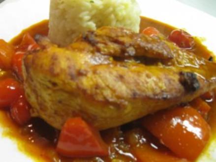 Hähnchenbrust auf Paprika gebettet - Rezept