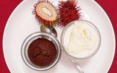 Holunderblüten-Lassi-Eis mit Happy End - Rezept
