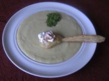 Wasabi - Suppe mit Blätterteiglöffel - Rezept