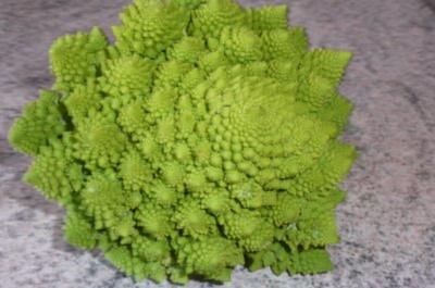 Gemüse: Romanesco à la Polonaise - Rezept