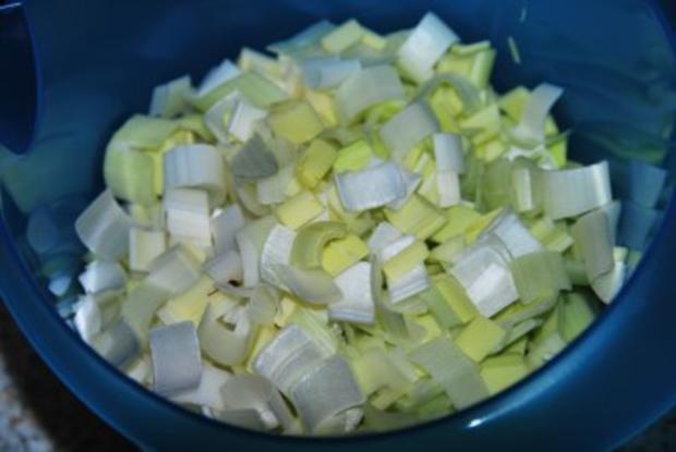 Filetsteaks auf Safransahne-Lauch an Kartoffel-Birnengratin... - Rezept - Bild Nr. 6