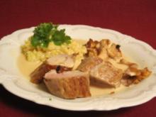 Risotto mit Weißwein-Sahnesoße und Schweinefilet mit Pfifferlingen - Rezept