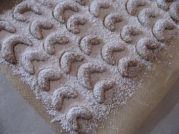 Weihnachtsbäckerei-Mandel-Vanille-Bögen - Rezept