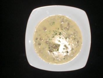 Käsesuppe mit Schuß - Rezept