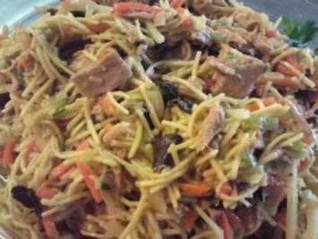 Rezept: Asiatischer Nudel-Thunfisch-Salat