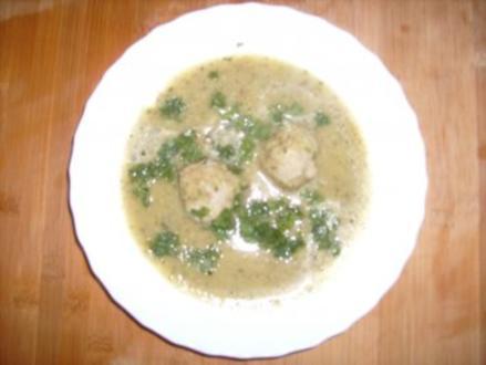 Zucchinisuppe mit Fleischbällchen - Rezept