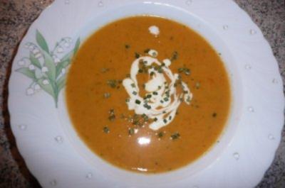 Süppchen: Möhren- Tomatencremesuppe - Rezept