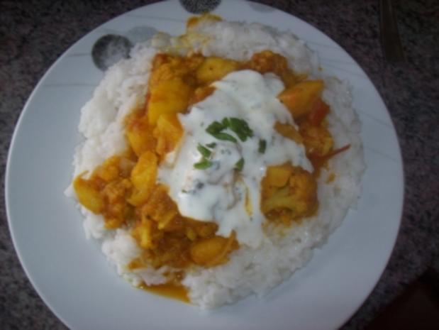 Kartoffelcurry mit Reis - Rezept