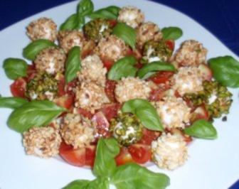 Tomaten-Mozzarella-Basilikum mal ganz anders angerichtet - Rezept