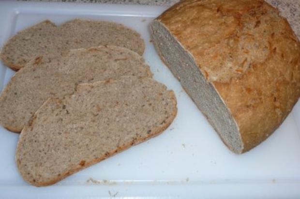 Brot: Mischbrot mit Karotten und Sauerteig - Rezept - Bild Nr. 3
