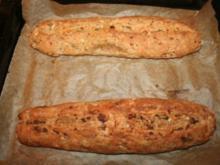 2 herzhafte Party-Brot-Stangen - ein Grundrezept - Rezept