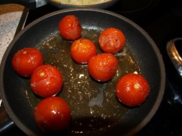 Rinderhüftsteaks mit Röstzwiebeln und geschmolzenen Tomaten - Rezept - Bild Nr. 5