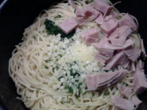 """Spaghettisalat """"Alio e oglio"""" - Rezept - Bild Nr. 6"""