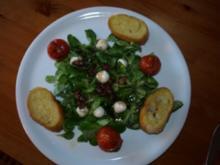 Feldsalat mit lauwarmem Dressing - Rezept