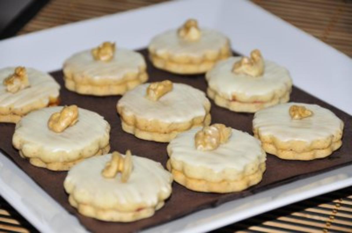 Bilder für Weihnachtsplätzchen - Walnusskekse - Rezept