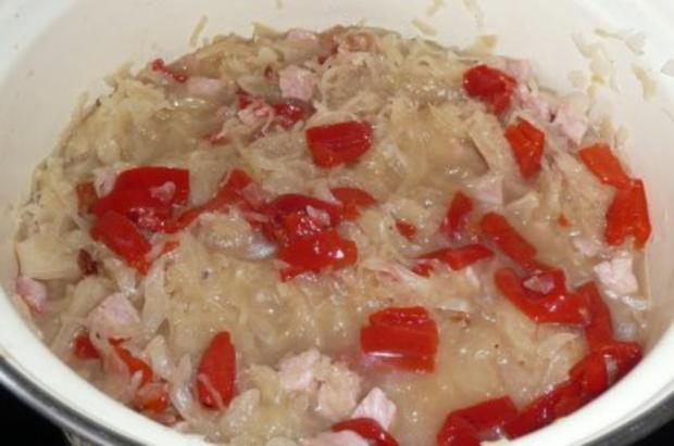 Eintopf: Sauerkraut mit Kasseler, gerösteten Paprikaschoten und Crème leicht - Rezept - Bild Nr. 4