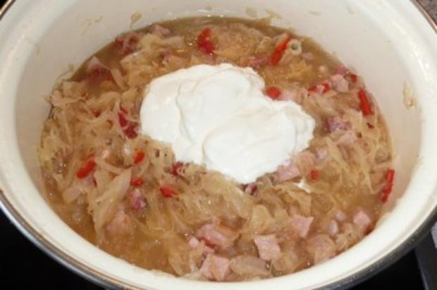 Eintopf: Sauerkraut mit Kasseler, gerösteten Paprikaschoten und Crème leicht - Rezept - Bild Nr. 5