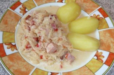 Rezept: Eintopf: Sauerkraut mit Kasseler, gerösteten Paprikaschoten und Crème leicht