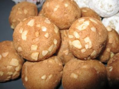 Variationen von Marzipankartoffeln - Rezept