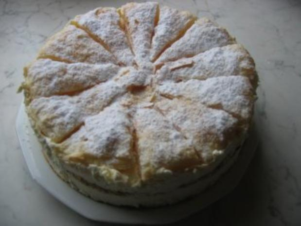 Trauben-Torte mit Blätterteig - Rezept