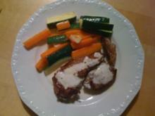 E: Zuccini-Karottengemüse zu Lammkoteletts - Rezept