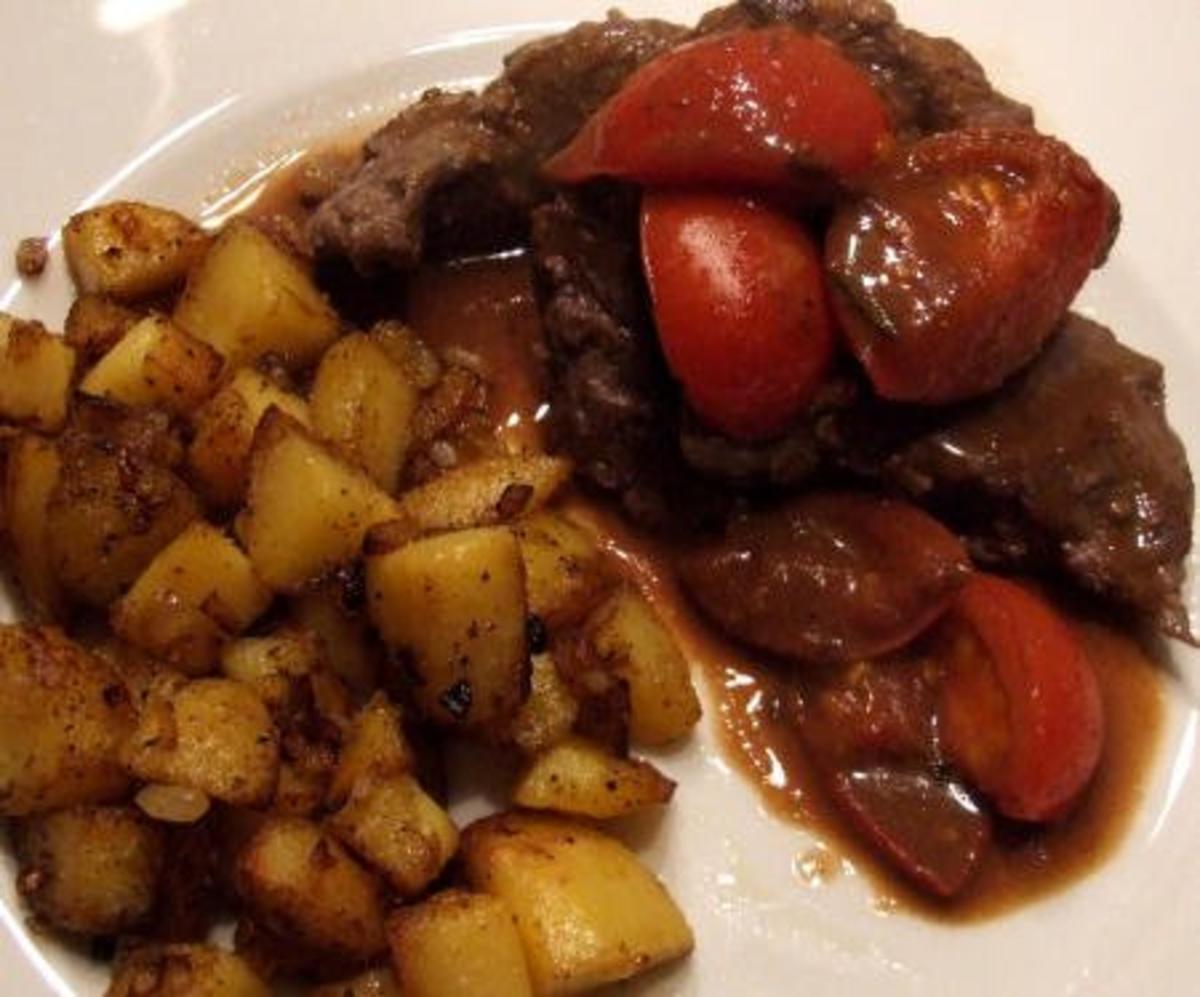 scharfe steak tomaten scharlotten pfanne sehr einfach. Black Bedroom Furniture Sets. Home Design Ideas