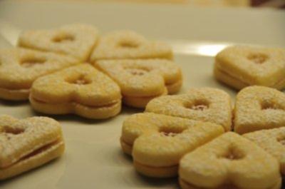 Weihnachtsplätzchen - Marmeladeherzen und -sterne - Rezept