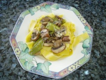 Pasta mit feinem Gemüse in Kräuter-Rahm-Sauce - Rezept