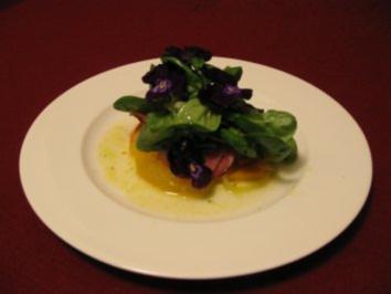 Karamellisierte Kürbisspalten mit Orangen und geräucherter Entenbrust - Rezept