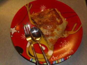 Kuchen+Torten: Blätterteig gefüllt mit Quark, Äpfel und Rosinen - Rezept
