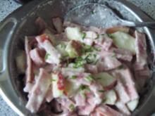 Meeretich-Leberkäse-Salat mit  Apfel - Rezept