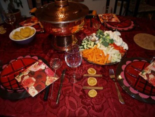 mongolentopf fleisch und gem se fondue rezept. Black Bedroom Furniture Sets. Home Design Ideas