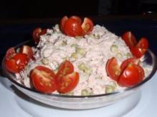 Erbsen-Eier-Thunfisch vereint zu einem Salat - Rezept