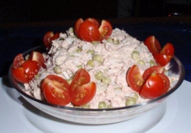 Rezept: Erbsen-Eier-Thunfisch vereint zu einem Salat