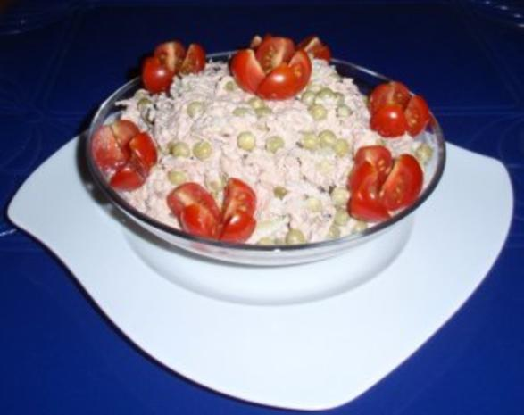 Erbsen-Eier-Thunfisch vereint zu einem Salat - Rezept - Bild Nr. 2