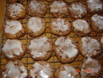 Weihnachtsplätzchen : Nuss-Nougat-Plätzchen - Rezept