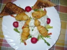 Garnelen im Kartoffelmantel auf Salat mit Joghurtdressing - Rezept