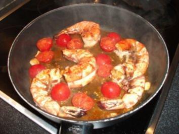 Rezept: Garnelen in scharfer Tomatensoße