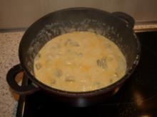 Champignon-Käsesoße - Rezept
