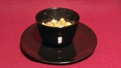 Goldgebratener Seeteufel mit asiatischem Gemüse und Yuzu (Xenia Seeberg) - Rezept