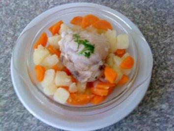 Zwergi's Haehnchenbrust gekoechelt mit frischem Gemuese - Rezept