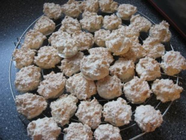 Weihnachtsplätzchen  -Kokosmakronen- - Rezept - Bild Nr. 15